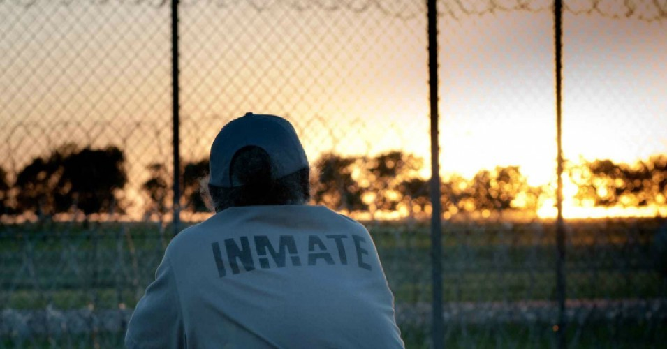States Are Prioritizing Prisons Over >> Aclu Blueprints Offer Vision To Cut Us Incarceration Rate In